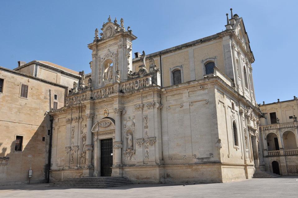 lecce italien die kathedrale von wetter