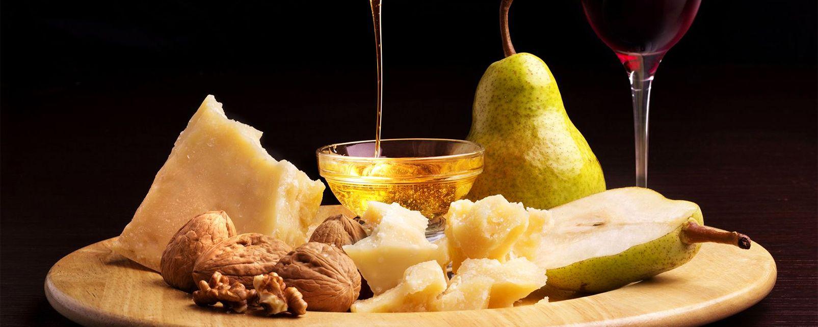 Venetian cheeses , Grana Padano , Italy
