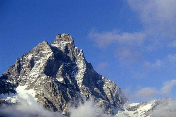 Les montagnes , Le Mont Cervin , Italie