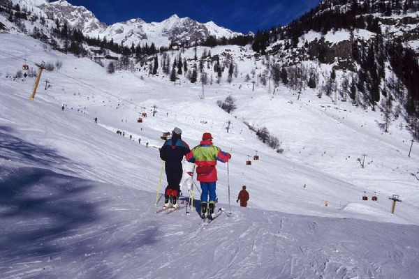 Les montagnes , Les sports d'hiver, Vallée d'Aoste , Italie
