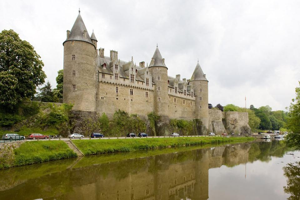 El castillo de Josselin , Francia