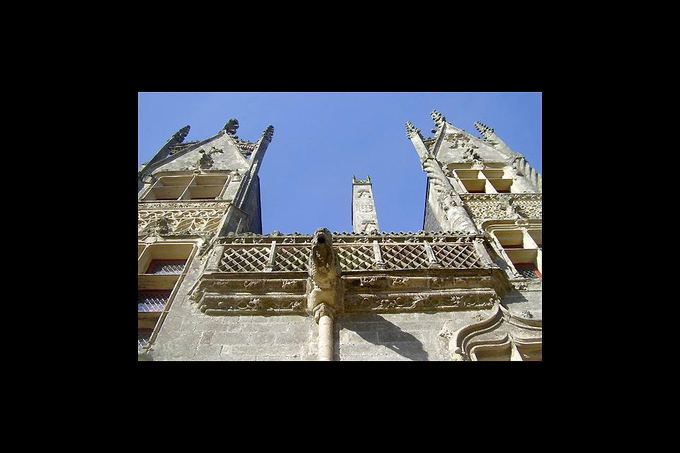 El castillo de Josselin , La fachada de granito , Francia