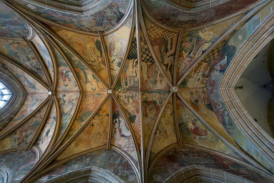La iglesia de Kernascléden , Arte gótico bajo la nieve , Francia