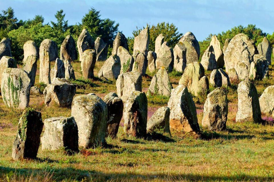 El alineamiento de Carnac , Los misterios de Carnac , Francia