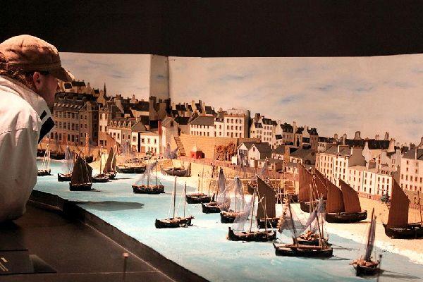 Musée du bateau de Douarnenez , Le Port-musée de Douarnenez , France