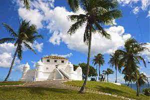 La baie de tous les Saints , L'un des quatre forts de Salvador de Bahia , Brésil
