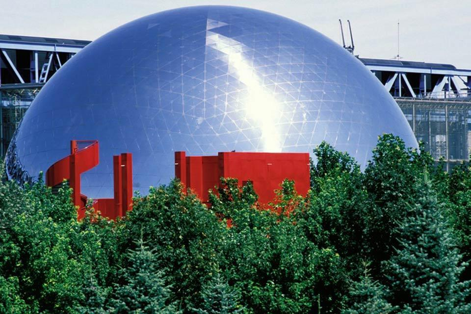 The City of Science and Industry , A close-up of the Géode , France