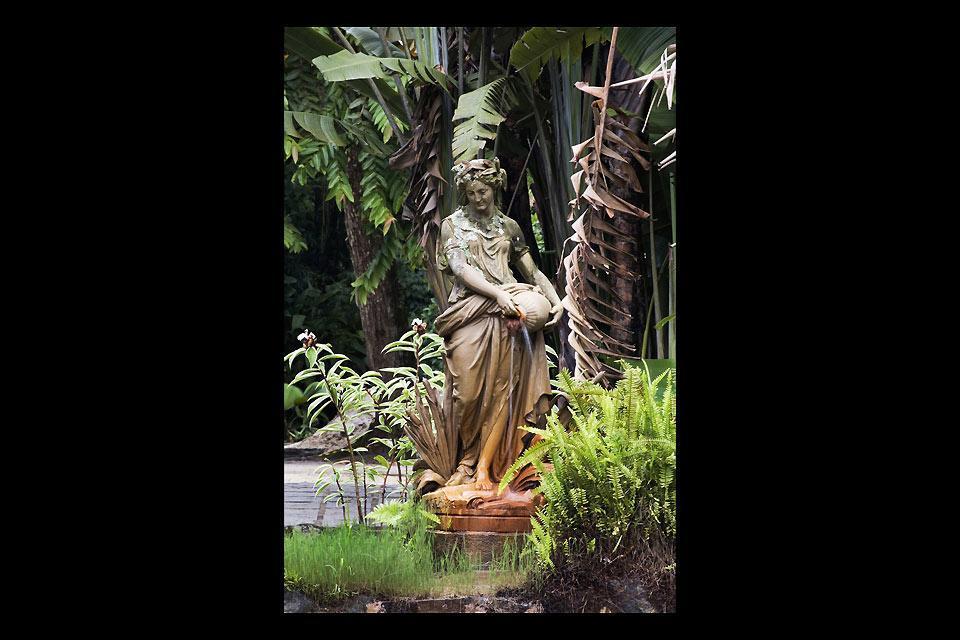 Le Jardin Botanique de Rio , Jolie statue , Brésil