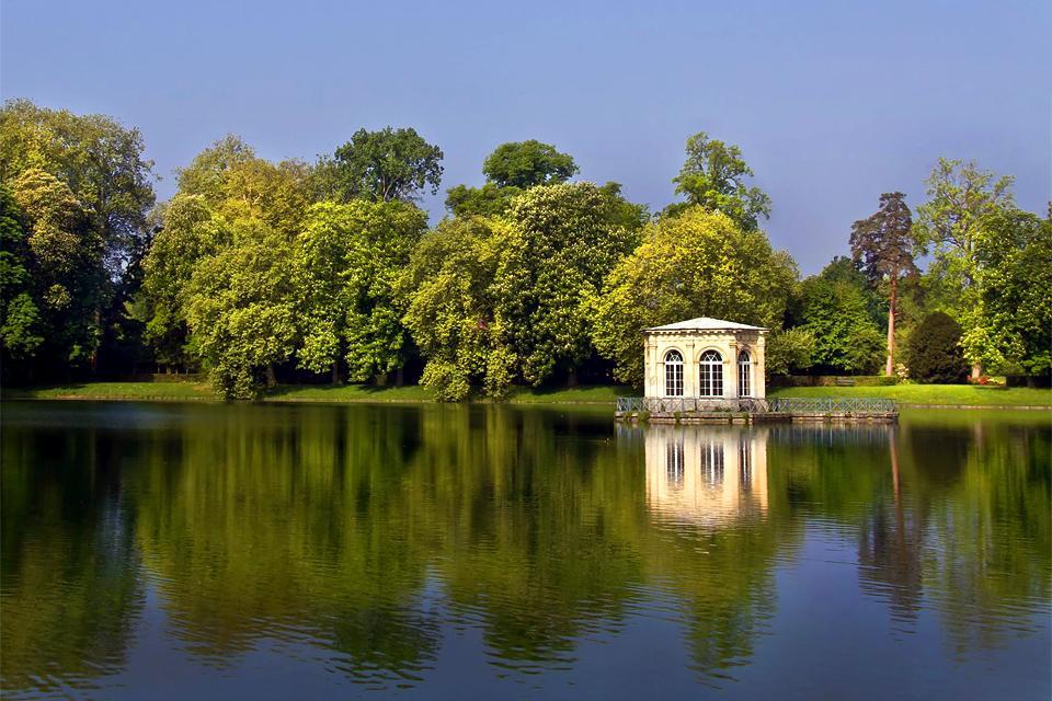 Sites naturels , En amoureux au bord de l'eau , France