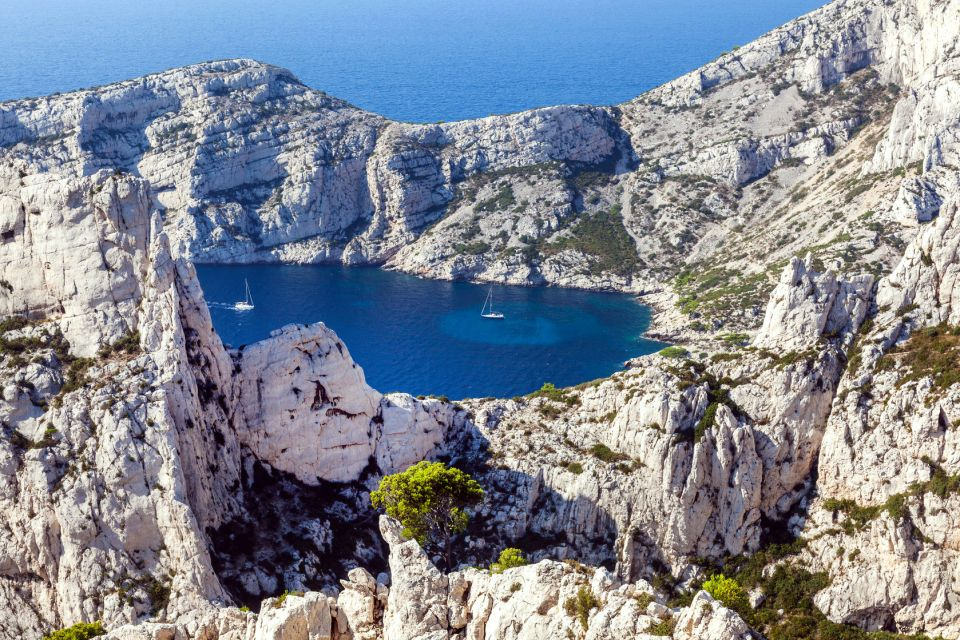 Die Calanques: ein Naturschutzgebiet, Die Calanques zwischen Marseille und Cassis, Die Küsten, Cassis, Provence-Côte-d'Azur