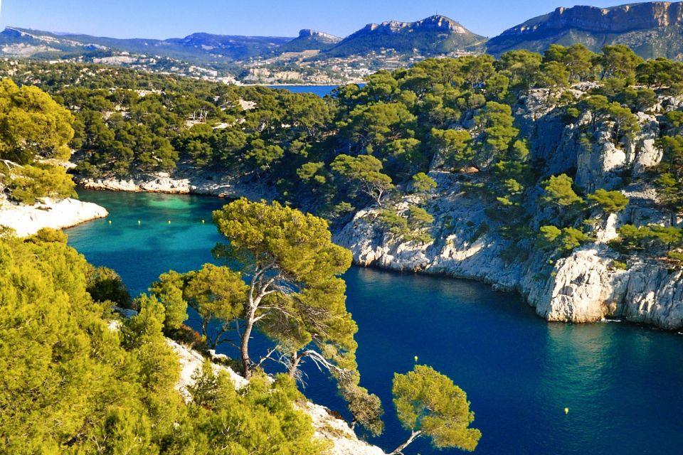 Les côtes, Provence France Europe PACA provence-alpes-côte d'azur bateau port-pin calanque