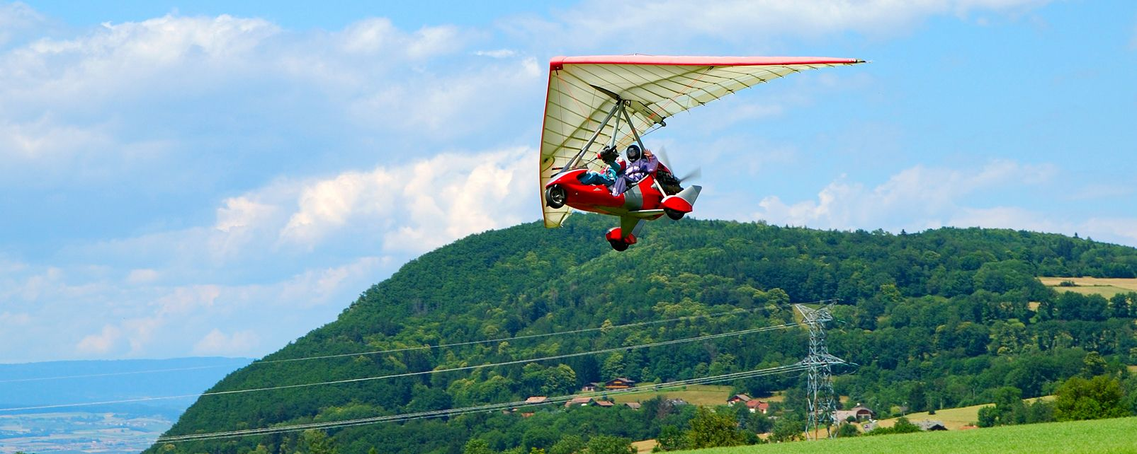 Comité régional ULM PACA (ULM [Ultra-lèger motorisé ? Ultra light motorised gliders] PACA [Provence-Alps-Côtes d'Azur] Regional Committee) , Microlighting in Provence Alpes Cotes d'Azur , France