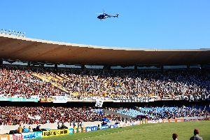 Le football , Le stade de Maracaña à Rio , Brésil