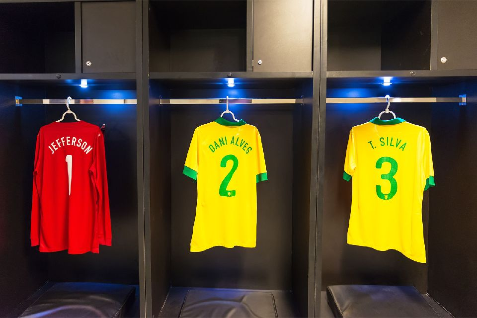 Football , The changing rooms , Brazil