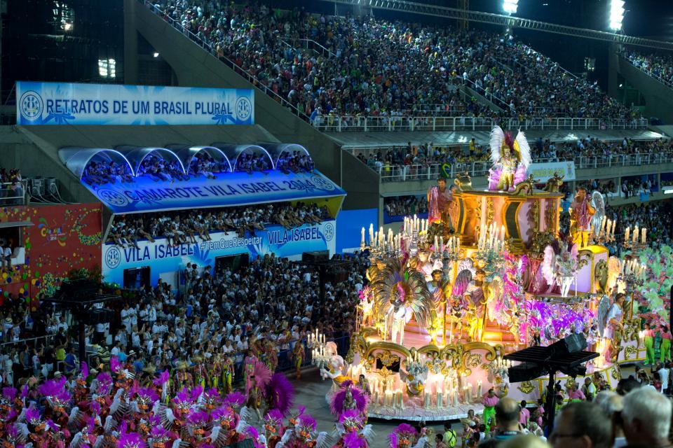 I carnevali, da Rio a Olinda , I carri , Brasile