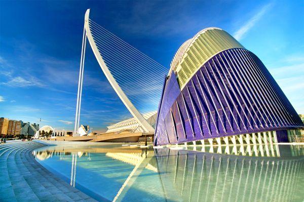 El puente de L'Assut de l'Or, Ciudad de las Artes y las Ciencias de Valencia, Arte y cultura, Comunidad Valenciana