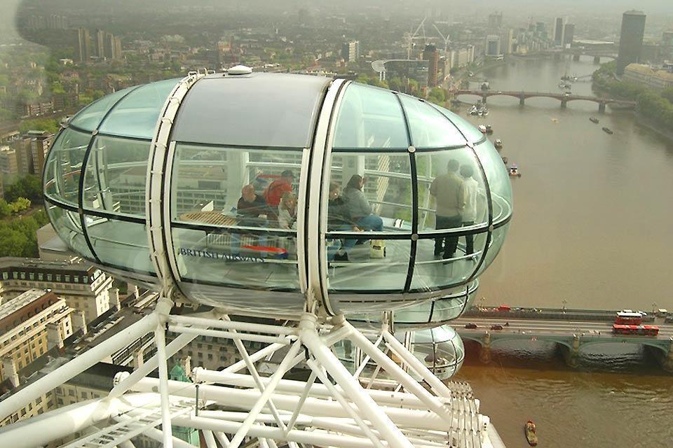 London Eye , Nahaufnahme einer Gondel , Großbritannien