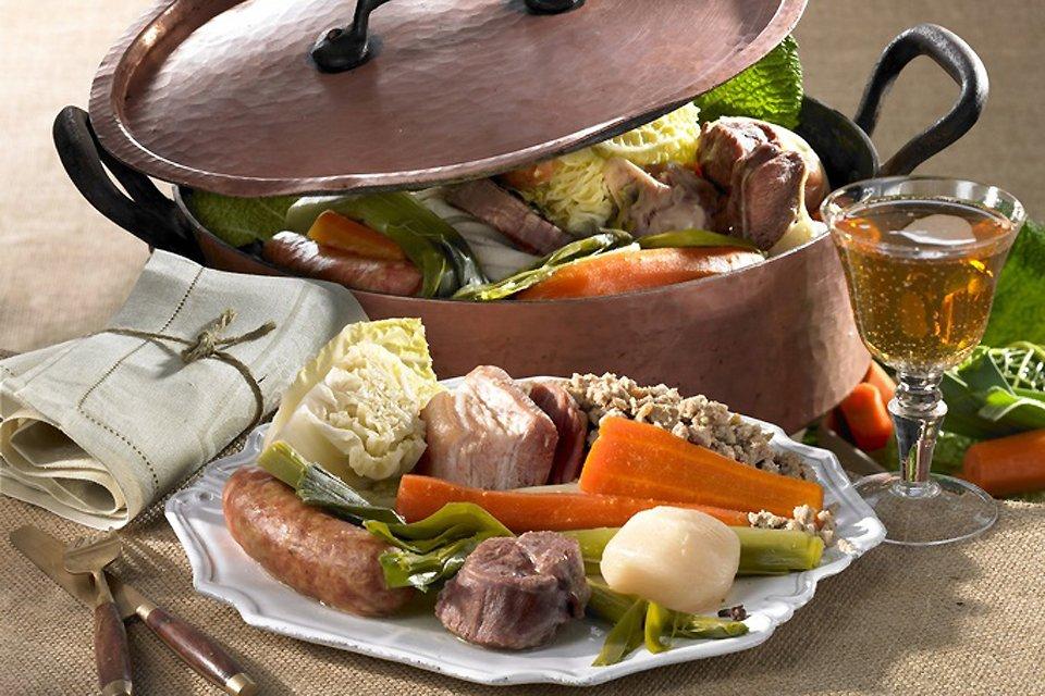 El kig ha farz o far en saco, Gastronomía, Bretaña