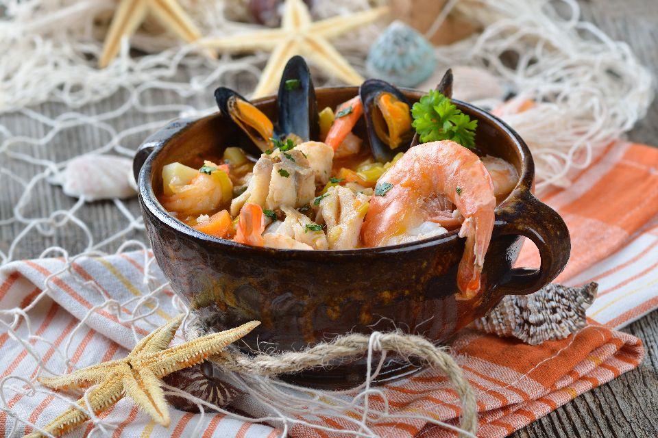 La bullabesa , Una sopa de pescado , Francia