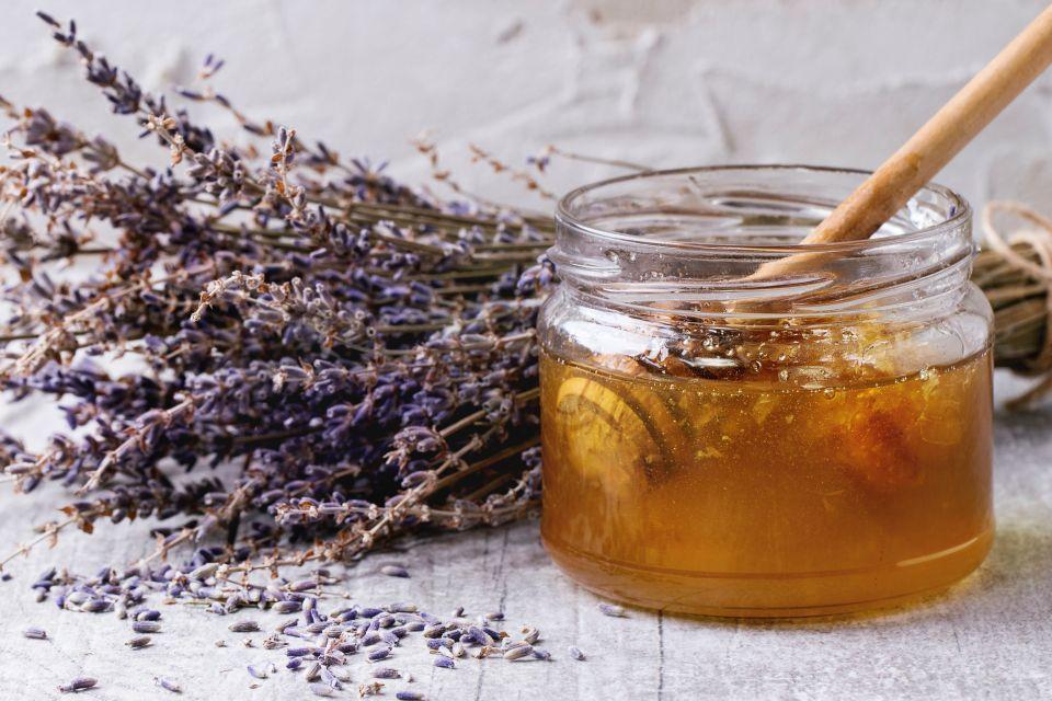 La gastronomie, France PACA gastronomie recette tradition dauphiné provence cote d'azur miel lavande.