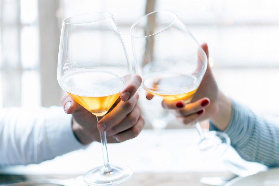 La gastronomie, alcool, vin, blanc, alimentation, boisson, agriculture, france, europe, pays de la loire, ap?ritif, repas, muscadet