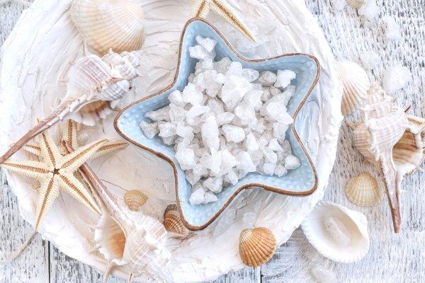 The legendary salt from Guérande , High quality salt , France