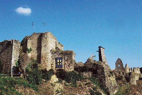 Tiffauges, Bluebeard's Castle , A place full of history , France