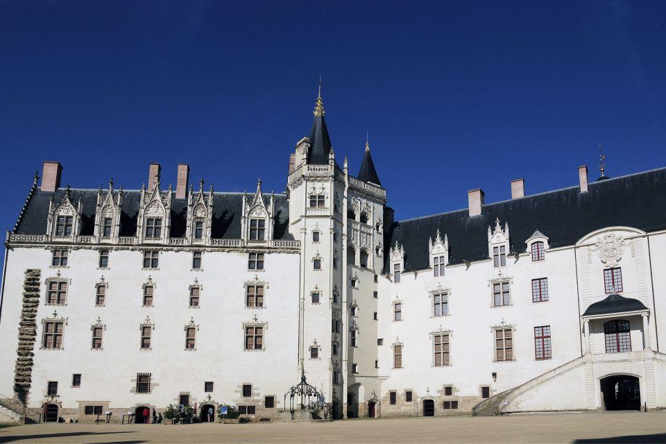 Il Castello dei Duchi di Bretagna, Castello dei Duchi di Bretagna, I monumenti, Paesi della Loira