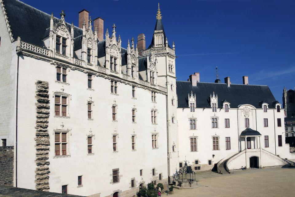 La cour du Château, Château des Ducs de Bretagne, Les monuments, Pays de la Loire