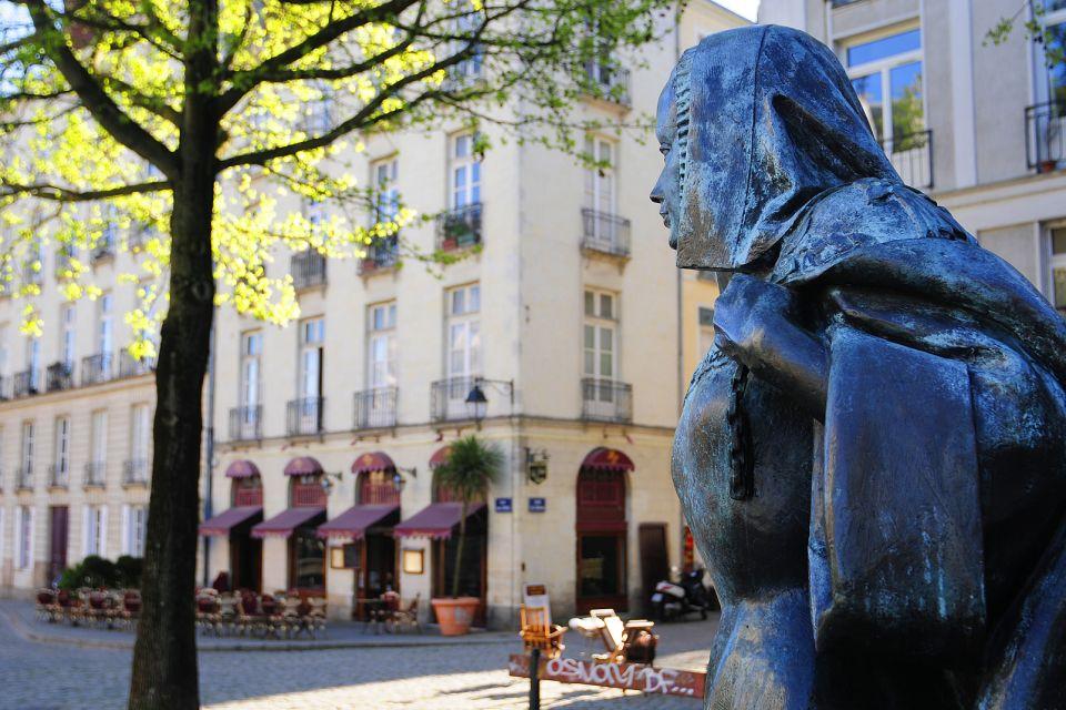 Anna di Bretagna, Castello dei Duchi di Bretagna, I monumenti, Paesi della Loira