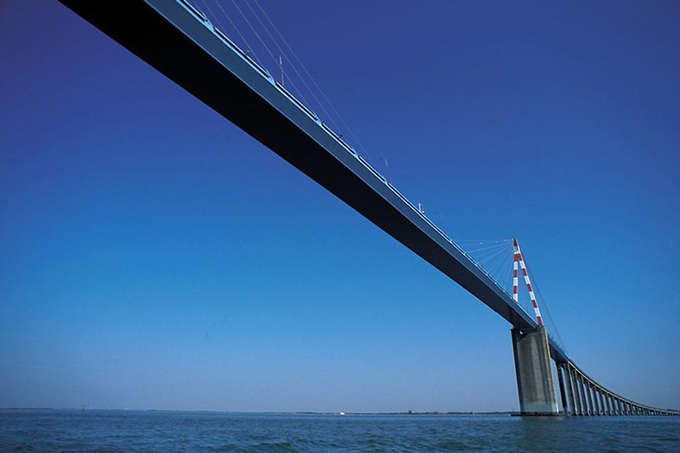 Loire-Atlantique , Le pont de Saint-Nazaire , France
