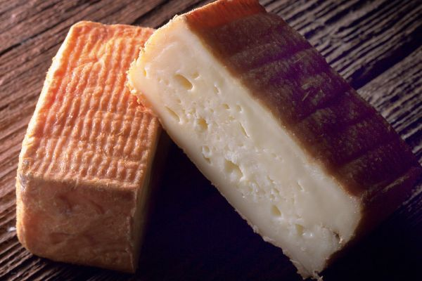 Maroilles cheese , Slices of Maroilles cheese , France