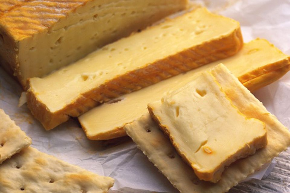 Products from the north of France and Maroill, Maroilles cheese, Enogastronomy, Nord-Pas-de-Calais