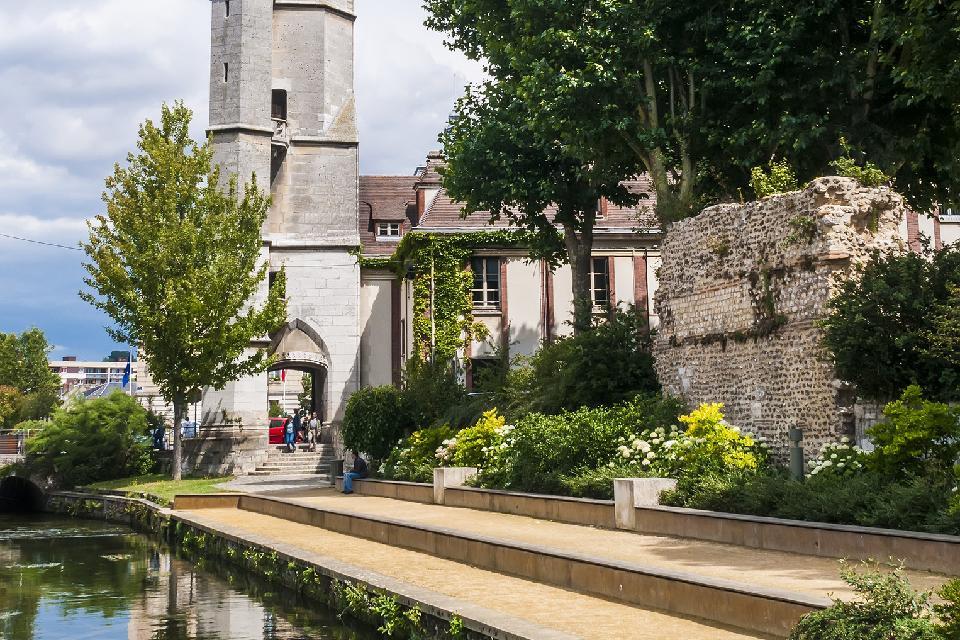 Le Beffroi à Evreux , France
