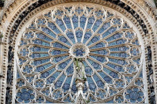 La cathédrale Notre-Dame de Rouen , Victime de la Guerre , France