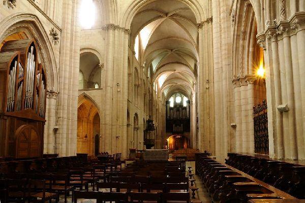 Les abbayes de Caen , Deux Abbayes , France