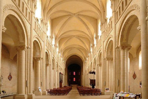 Les abbayes de Caen , Abbaye aux femmes , France