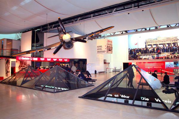 Hawker Typhoon, Gedenkstätte Caen, Die Künste und die Kultur, Normandie