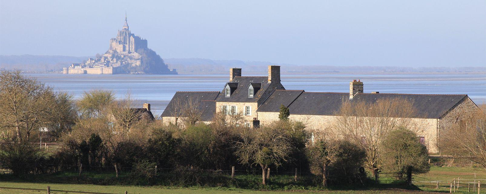 Maison de la baie du Mont-Saint-Michel , France