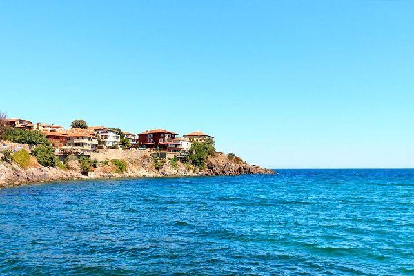 Die Felsenküste , Wild romantische Felsenküste in Bulgarien , Bulgarien