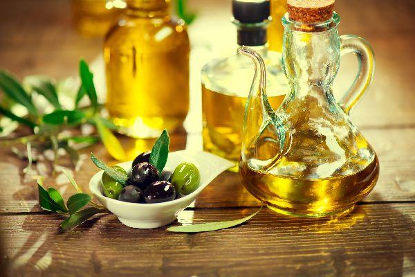 L'huile d'olive AOC de Nîmes , La picholine nîmoise , France