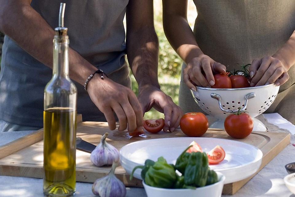 Nîmes AOC olive oil , An accompaniment to typical Nîmes cuisine , France