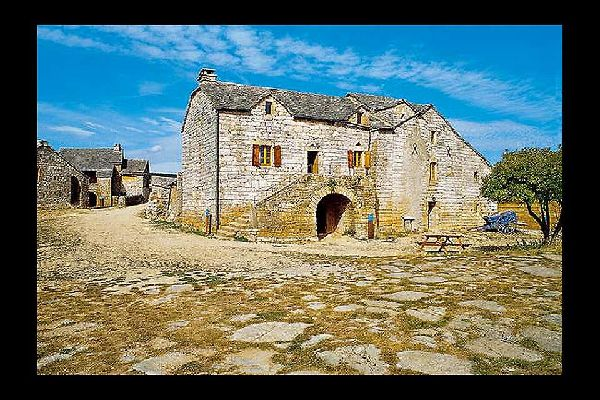 La ferme caussenarde et la ferme des Boisselets , Une des bâtisses de la ferme caussenarde , France