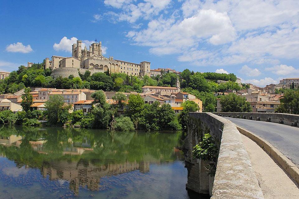 Béziers : Le Canal du Midi - France