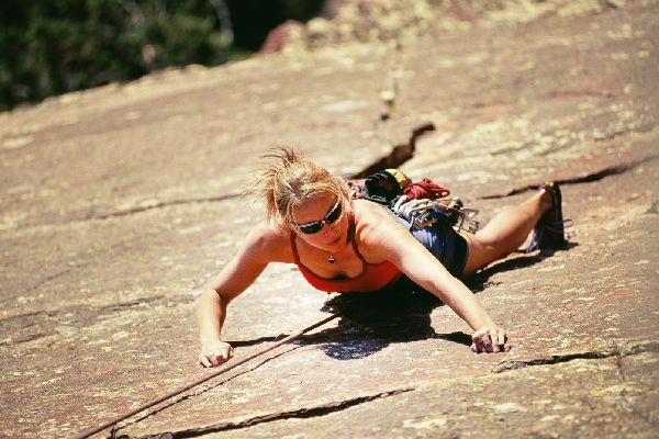 Rock climbing in the Lozère , Climbing safety rules , France