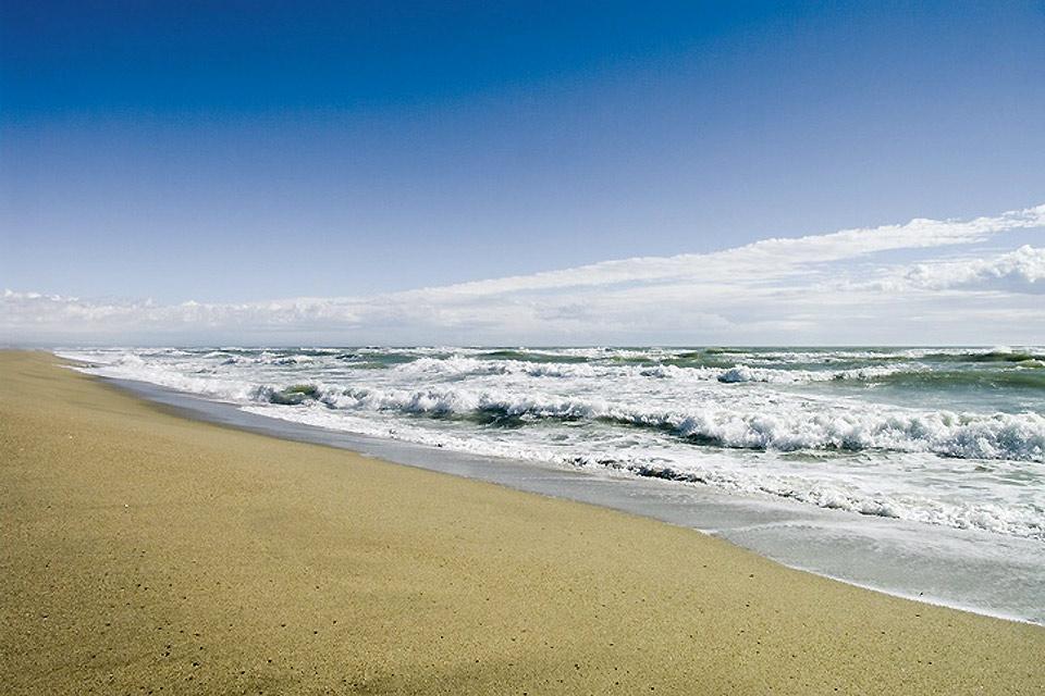 Senderismo en Aude , Correr por la playa , Francia