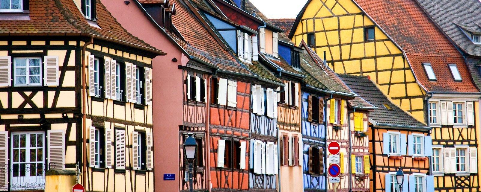 Le abitazioni a a graticcio alsazia francia for Case padronali francesi