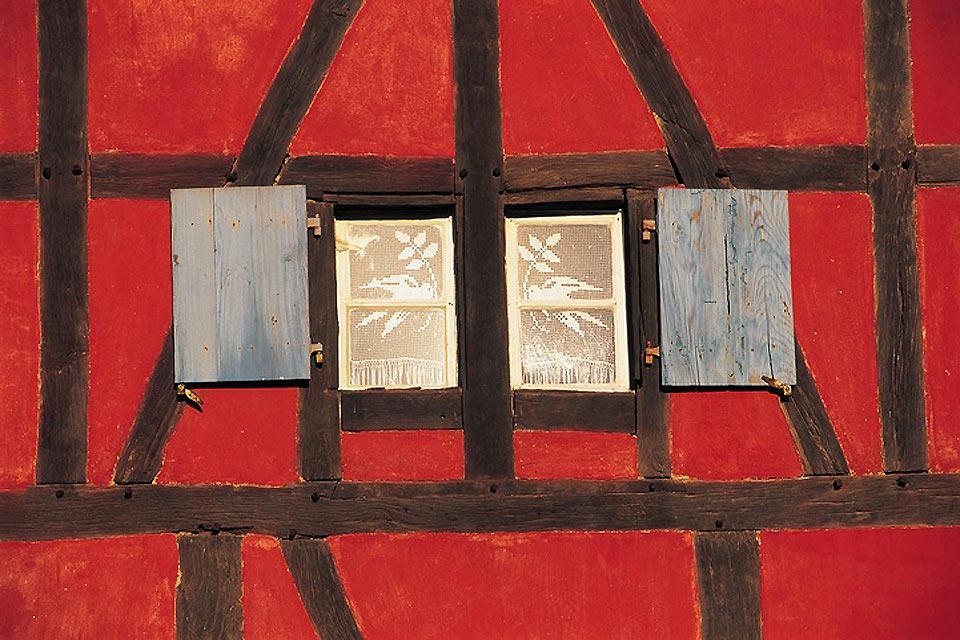 L'écomusée d'Alsace , Détail d'une façade , France