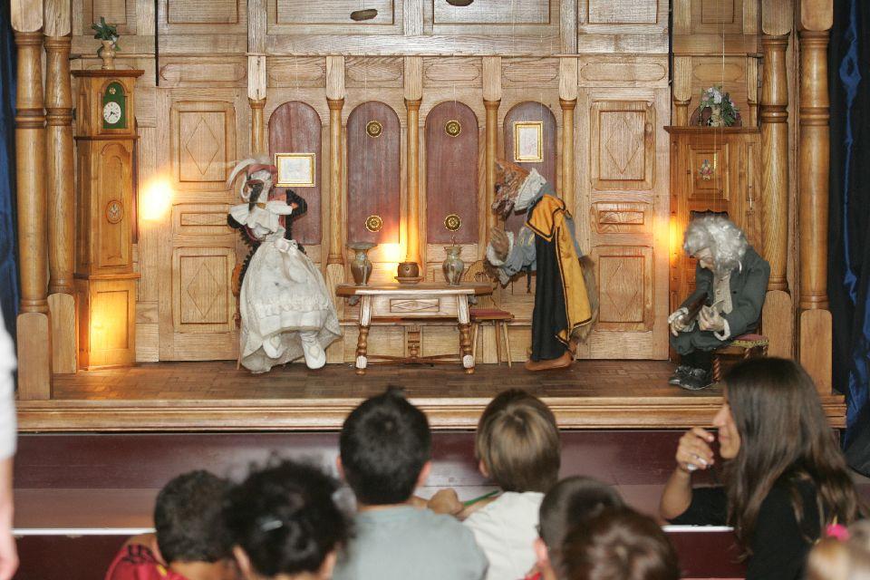 Il museo del giocattolo di Colmar  , Il piccolo teatro delle marionette , Francia