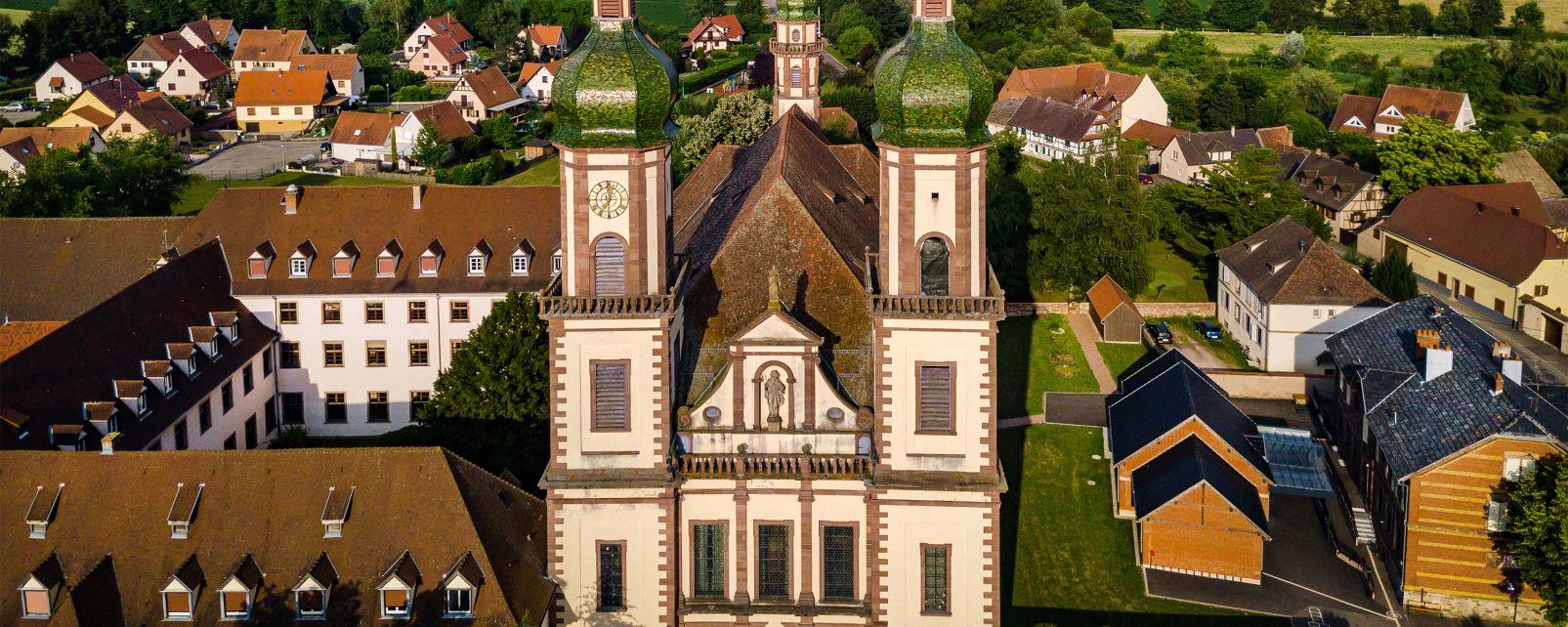 L'Abbatiale Sainte-Maurice, L'Abbatiale  Sainte-Maurice, Les monuments, Alsace